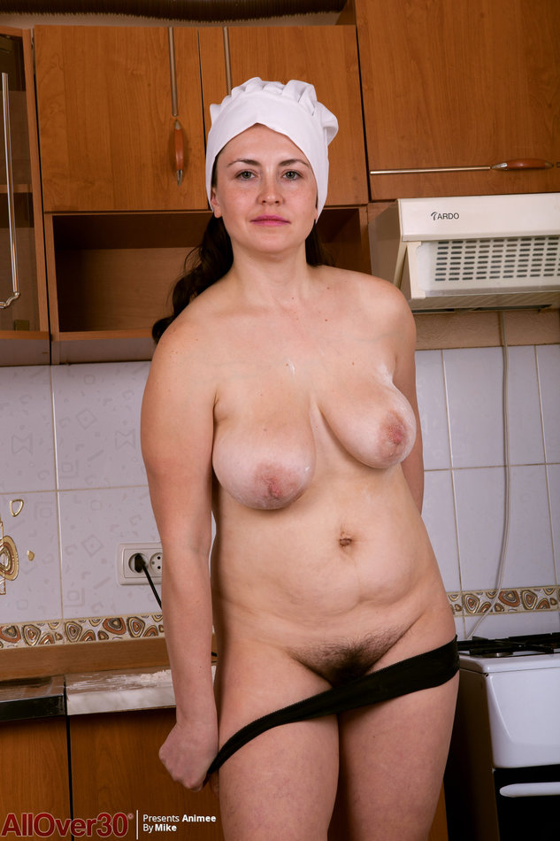 Lusty housewife
