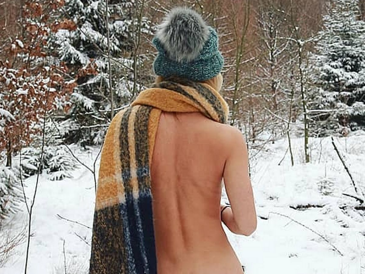 Ski town party girls nude